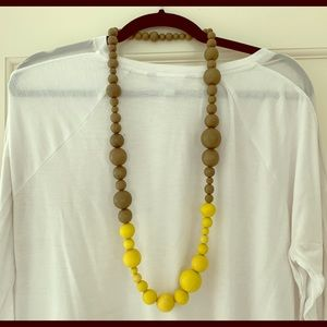 Anthropologie chunky wood bead necklace
